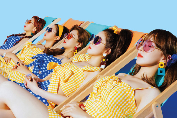 Top 10 K-Pop Groups You Should Know In 2018 | HYPEBAE