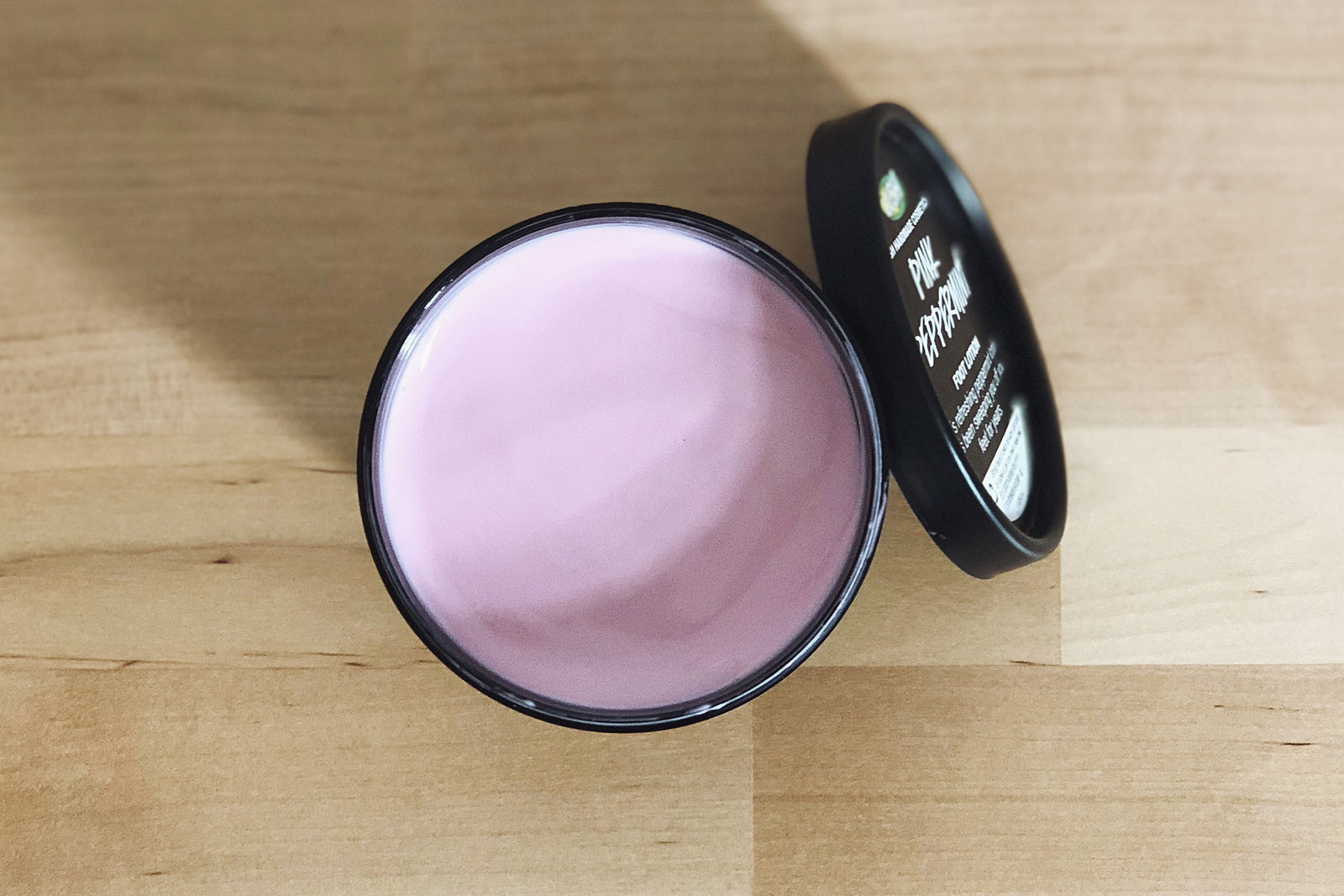 lush cosmetics pink peppermint foot lotion sore feet cracked heels dry winter