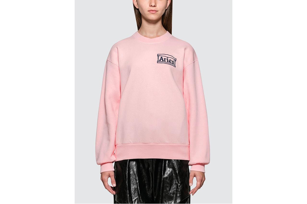 Stussy Lime Green Logo Sweater Crewneck Sweatshirt Women Streetwear Lookbook HBX Editorial Sophia Li