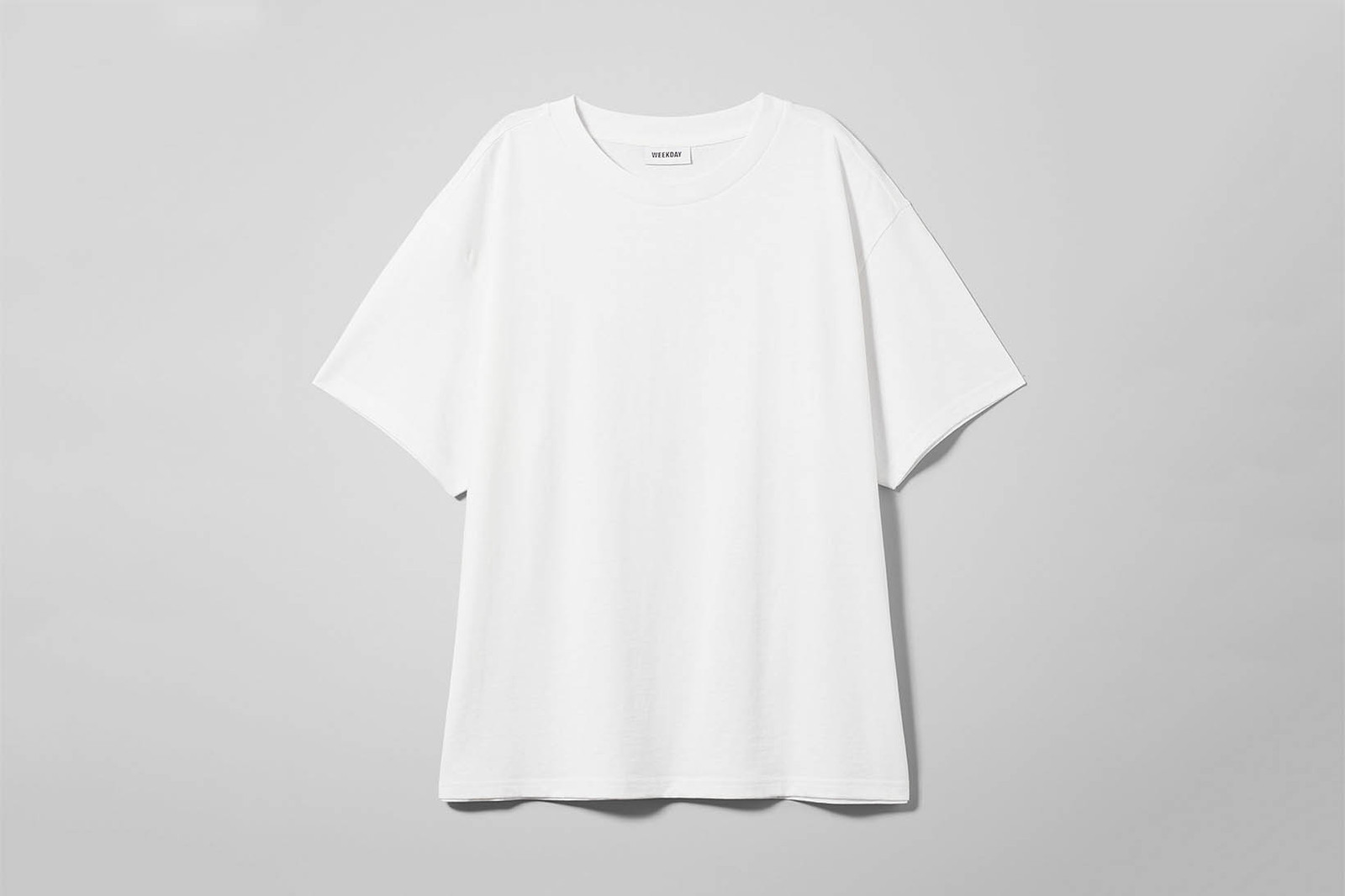 Are You Am I Rumi Neely Blogger White Impy Tee T-Shirt Tight Crop Top