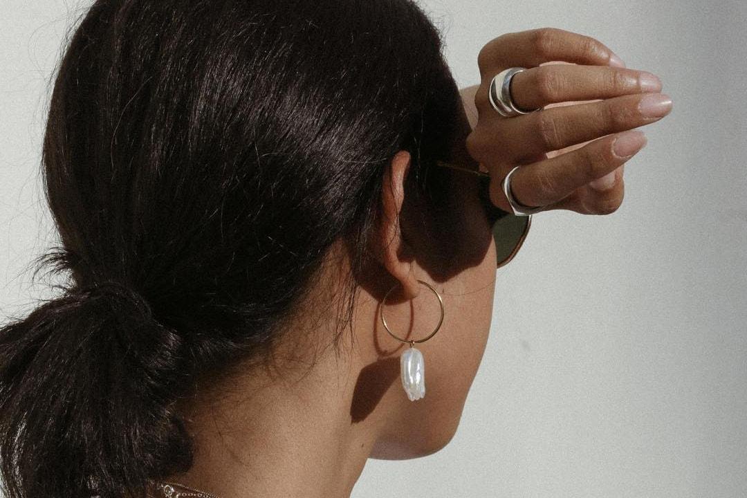 minimalist jewelry brands earrings chokers necklaces bracelets jessie andrews rihanna cardi b hailey baldwin