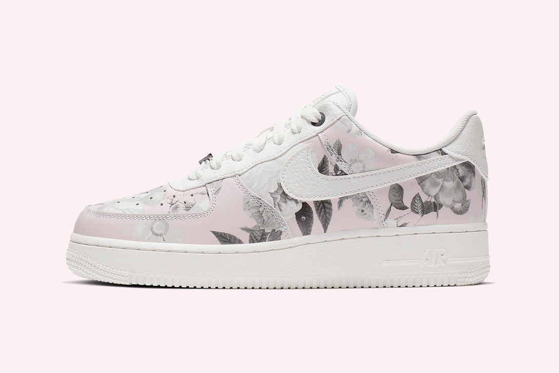 Nike Air Force 1 Floral Rose Summit White