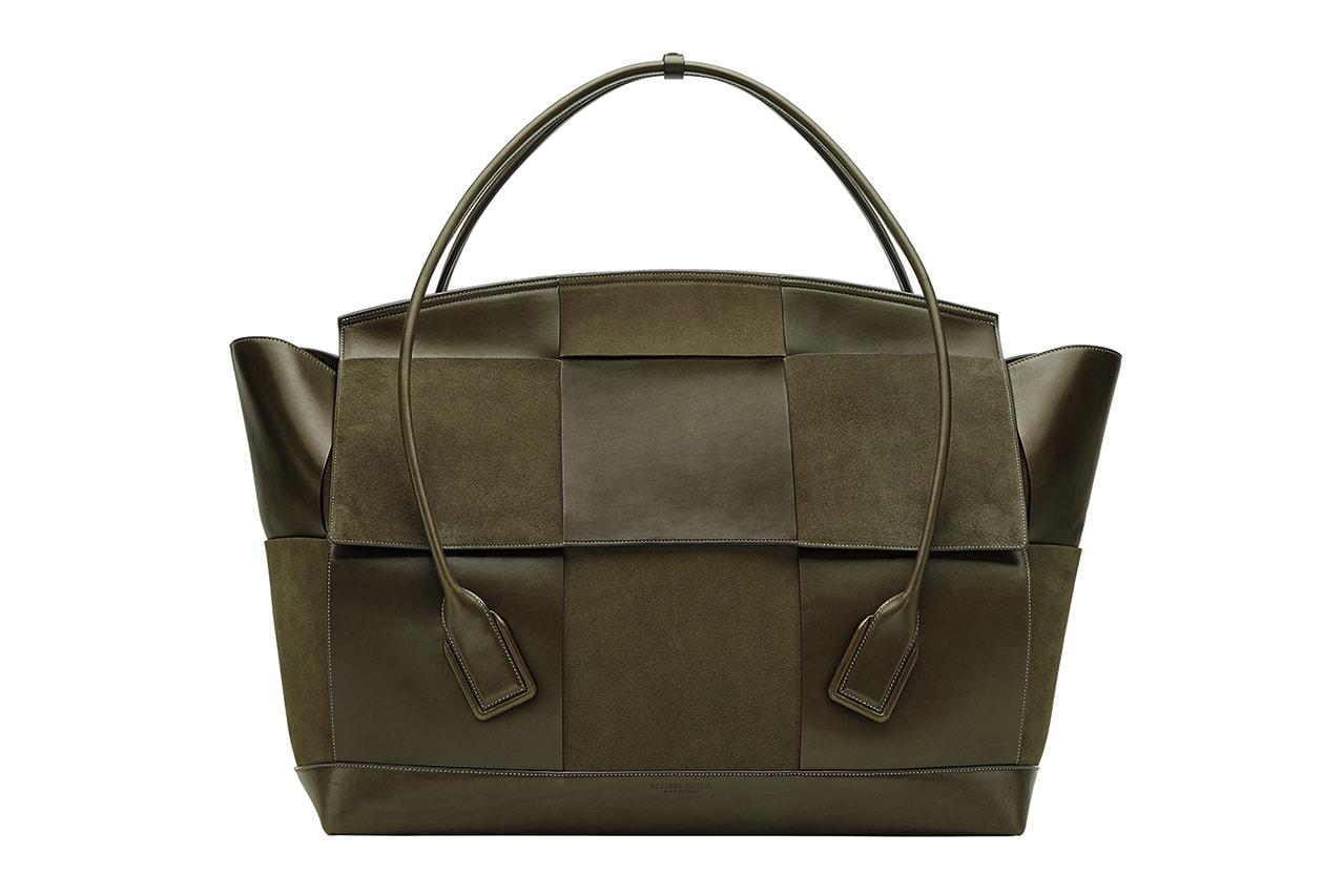 Bottega Veneta Daniel Lee Pre-Fall 2019 The Arco Bag Lookbook Handbag Oversized Large Big Leather