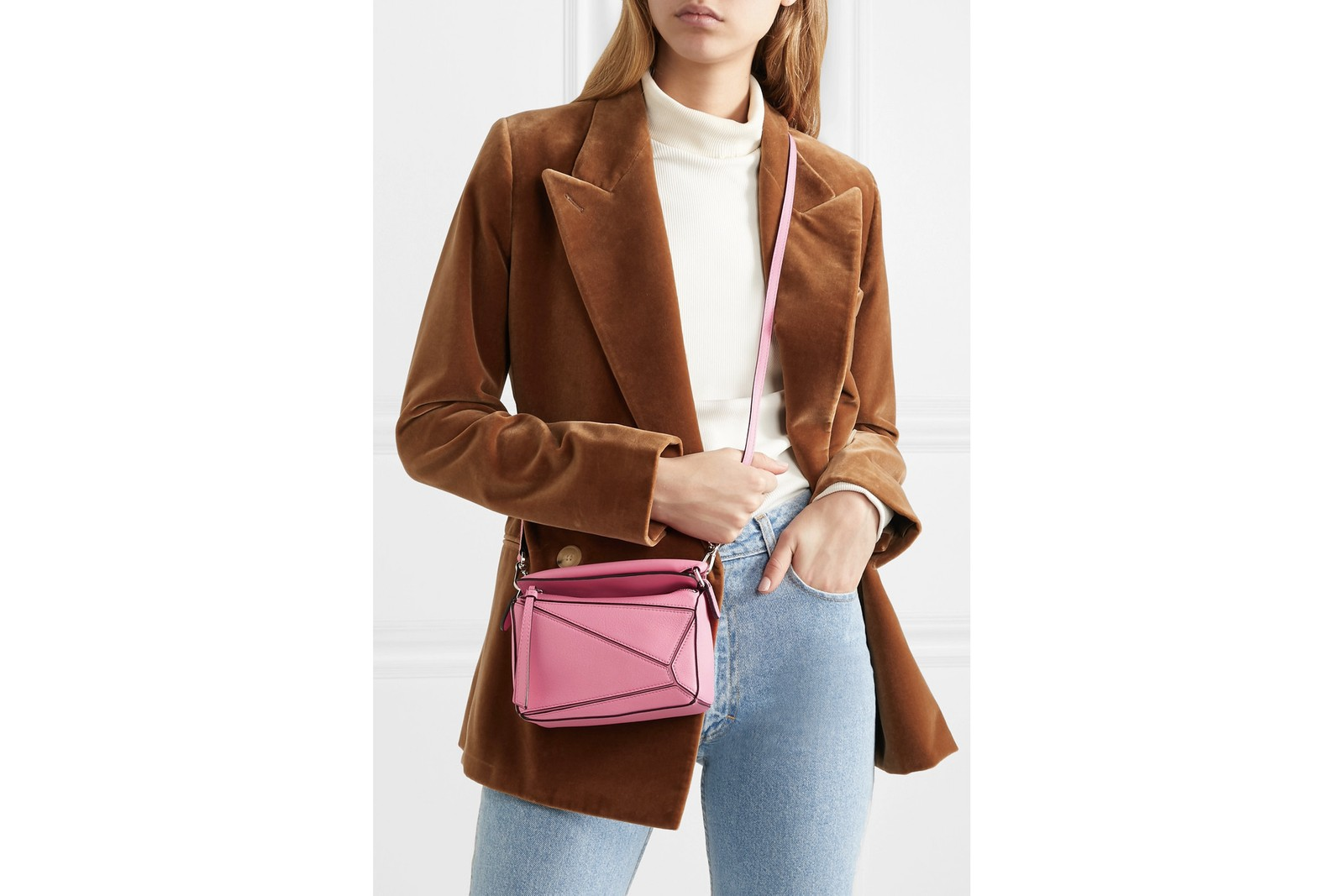 Best Tiny Bags from Jacquemus, Dior and Loewe Gelareh Mizrahi Tiny Bag Trend Miniature Bag Purse Fashion Kylie Jenner