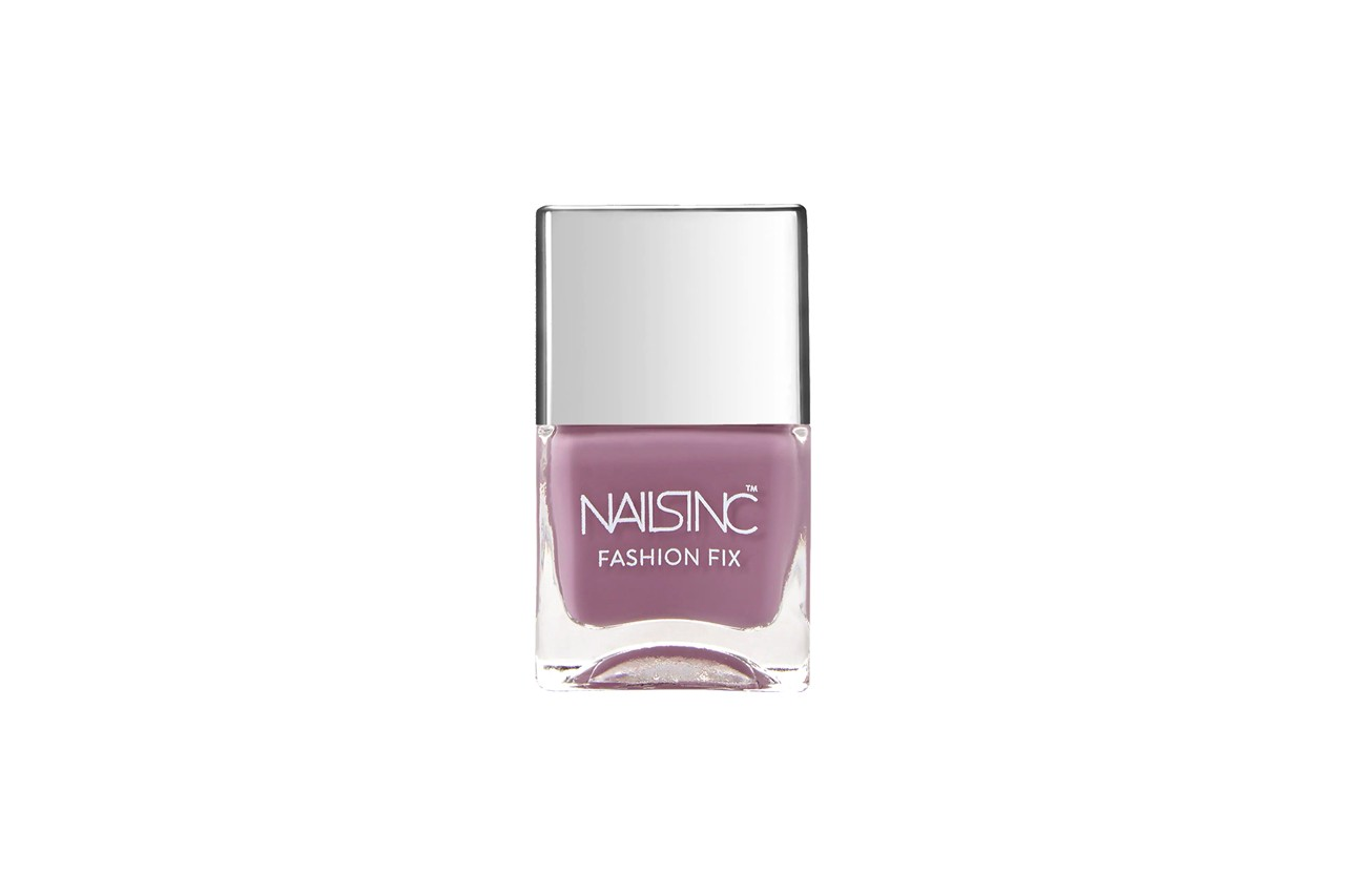 Nail Polish Manicure Louis Vuitton Pink Dinah Jane Nailbox Los Angeles Monogram LV