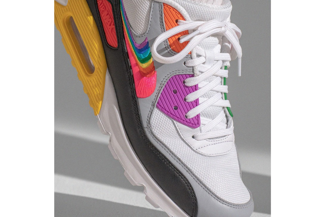 Nike Air Max 720 BETRUE Collection Red Yellow Green Air Max 90 Benassi JDI SlideAir Tailwind 79 Zoom Pegasus Turbo.