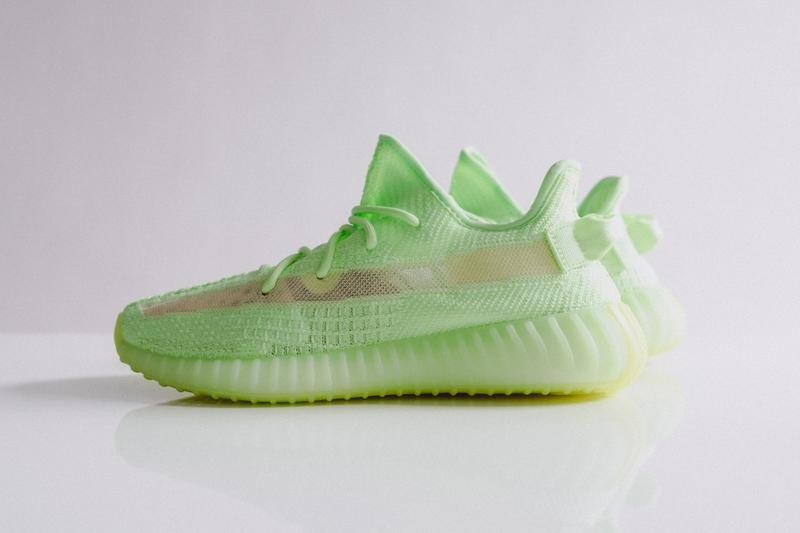 YEEZY BOOST 350 V2 Glow-In-The-Dark Neon Yellow Kanye West adidas Originals