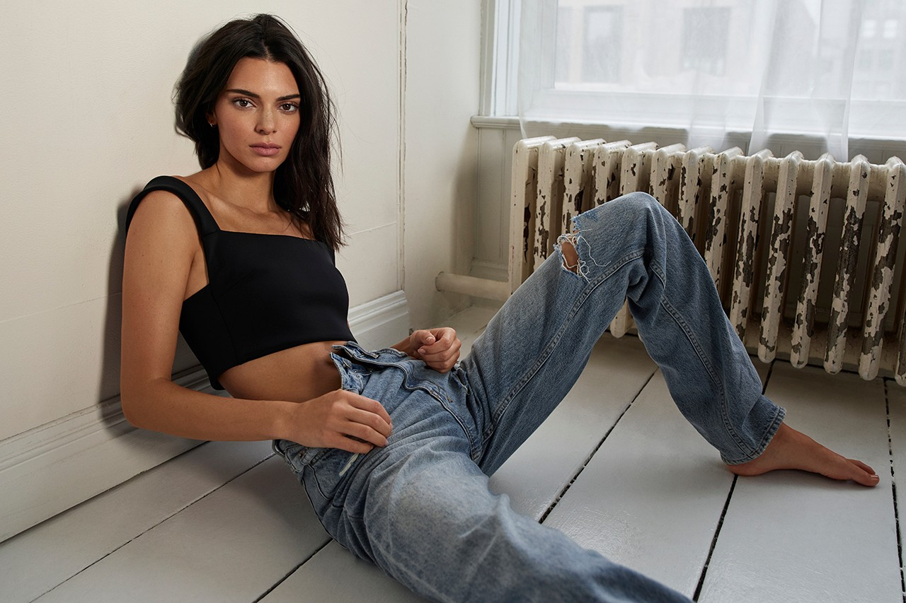 Kendall Jenner ksubi Jeans Fall 2019 Capsule Campaign Model Denim T-Shirt Black