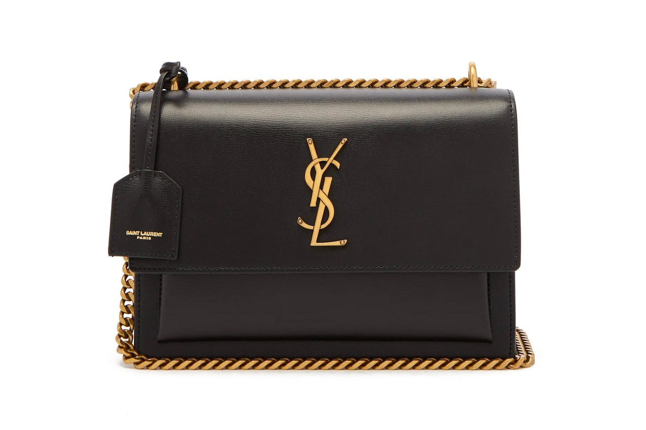 Louis Vuitton Monogram Brown Leather Clutch Handbag Trunk Street Style New York Fashion Week Spring Summer 2020 Bag Designer Luxury Petite Malle