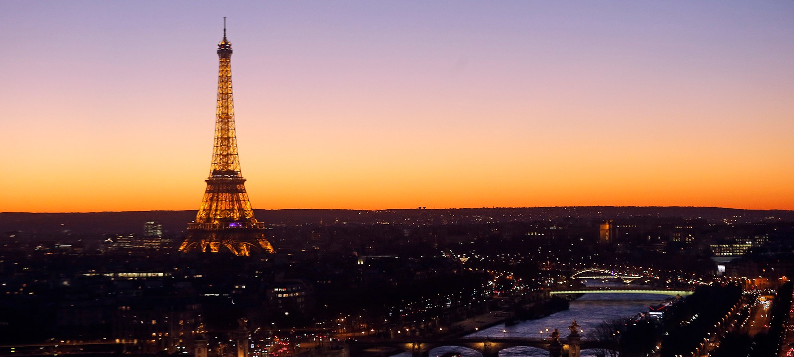 Paris Eiffel Tower Tour Sunset Skyline