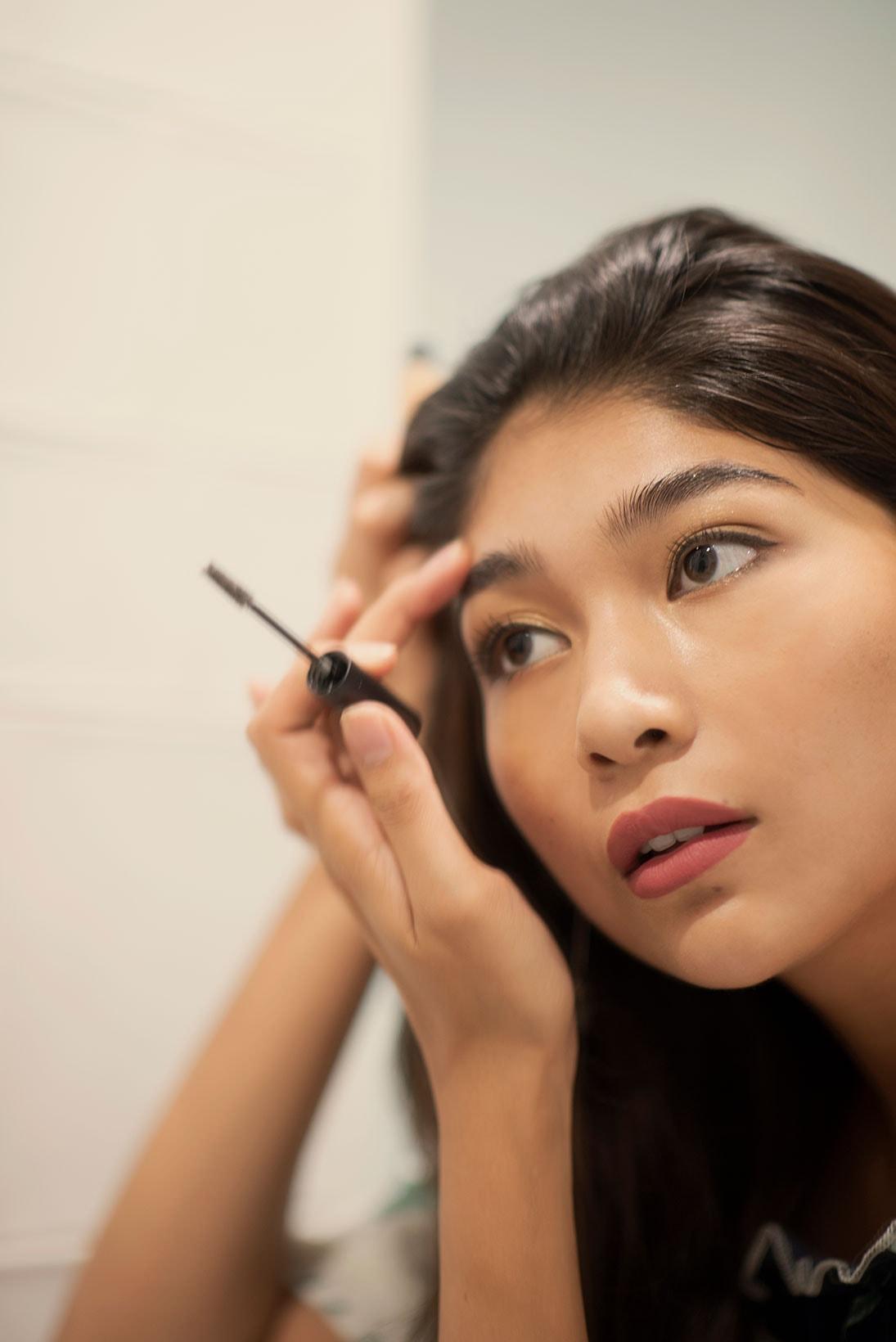 miss world japan priyanka yoshikawa beauty pageant makeup skincare india racism