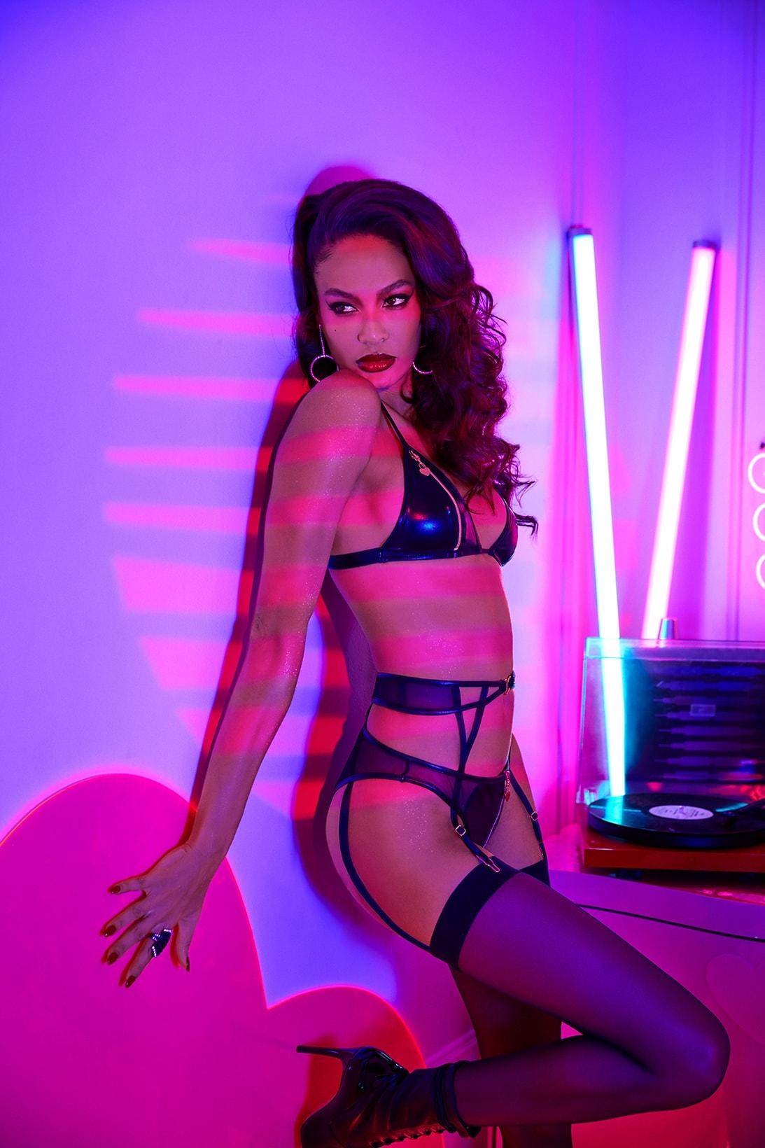 rihanna savage x fenty adam selman collaboration valentines day lingerie bras underwear campaignjoan smalls Paloma Elsesser adesuwa fiffany models