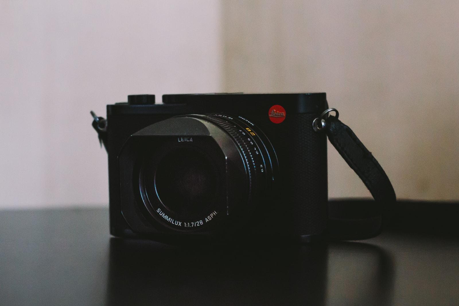 leica q2 camera photography review tech