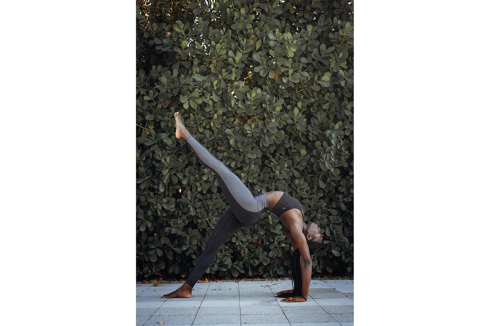 Yoga Pose Mia The Healthlete NYC Leggings Sports Bra