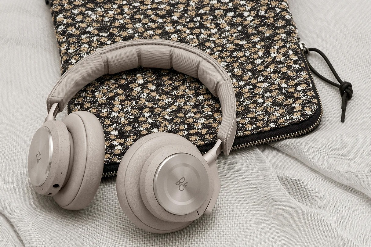 bang and olufsen beoplay h9i third generation headphones review price