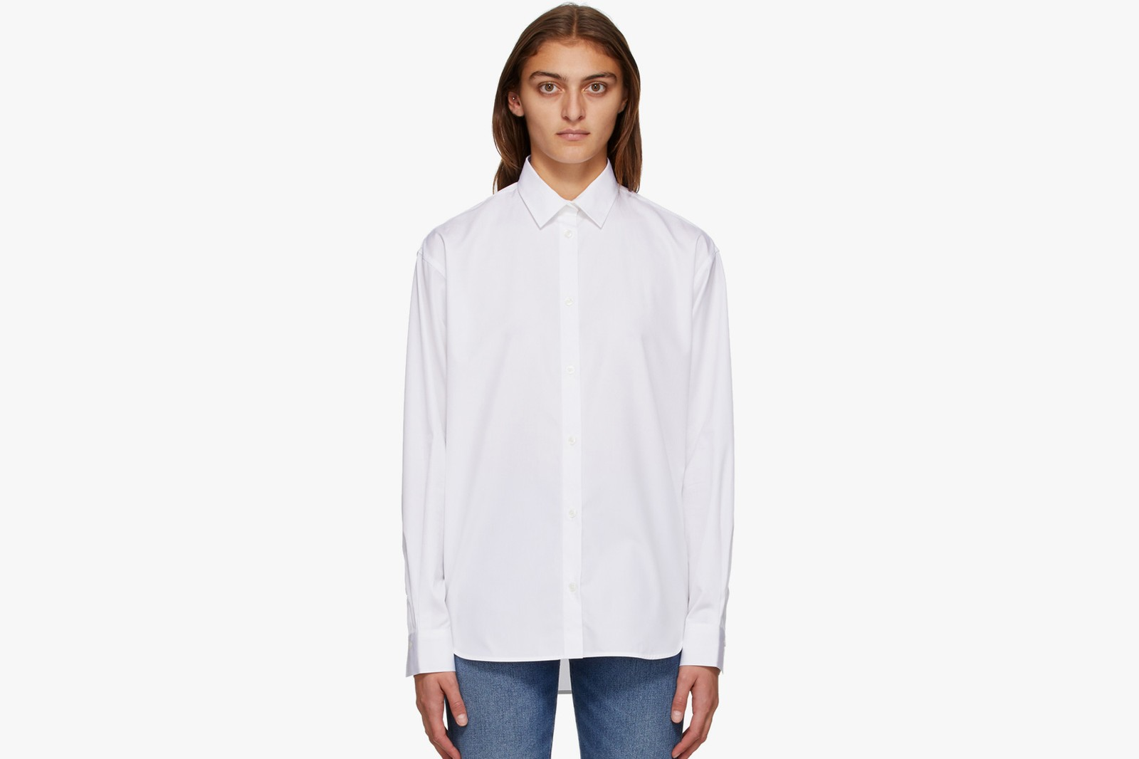 best white shirts styling casual formal outfit guide cotton poplin long sleeved jacquemus ganni toteme lemaire balenciaga