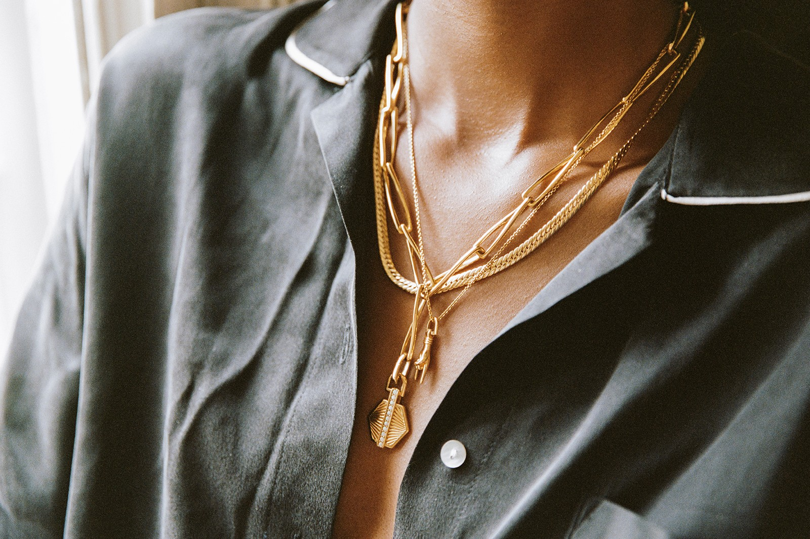 missoma virtual shopping layering lab london jewelry necklaces chains reviews tech
