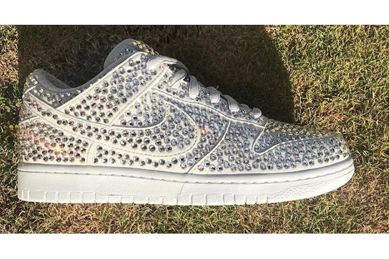 nike cactus plant fleamarket cpfm collaboration dunk low sneakers bejeweled crystals rhinestones white shoes footwear