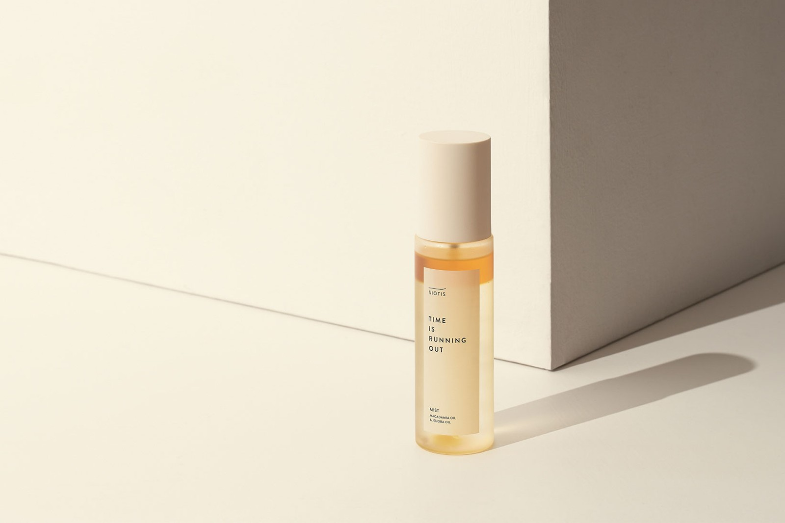 sustainable eco-friendly korean beauty brands sioris time is running out face mist