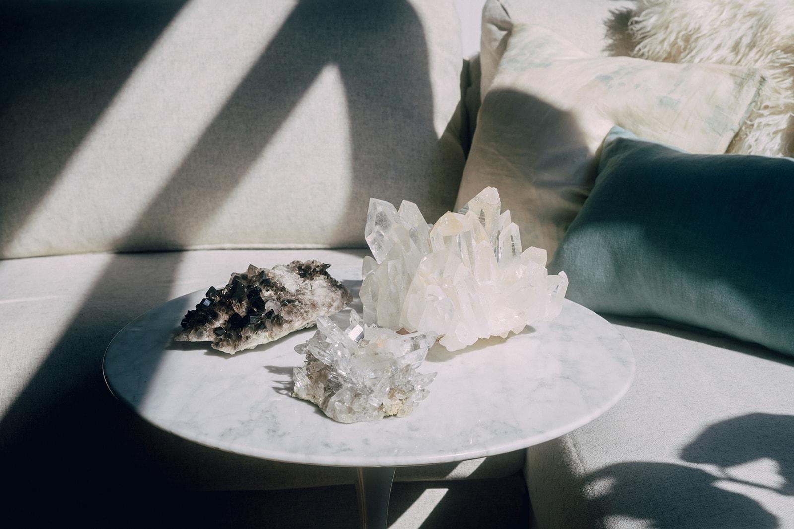 chakra healing crystals quartz points clusters home decor jia jia zhu net a porter