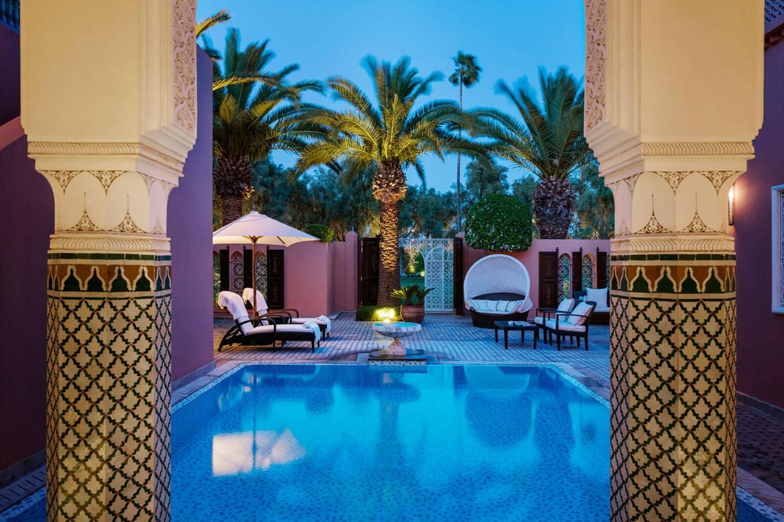 Amangiri Aman Utah Most Beautiful Hotel Best Luxury Resort Swimming Pool Lounge Desert Canyons