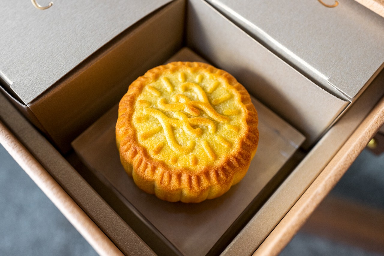 Loewe Mooncakes Mid-Autumn Festival 2021 Mooncake Gift Box Luxury Fashion Brand
