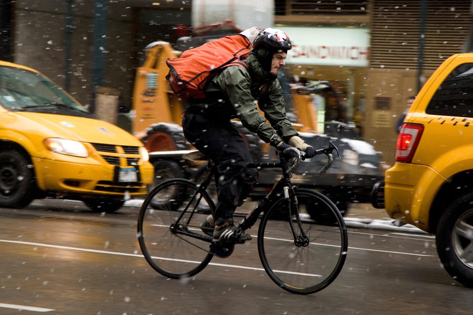纽约邮差的通勤工具缘何成为风靡全球的极限运动?| Fixed Gear 回忆录(上)