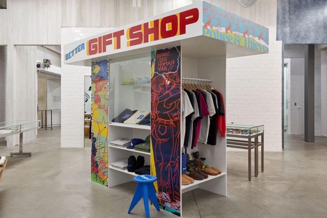 與 CPFM 推出全新「笑臉」地毯的,是一家位於唐人街的禮品店