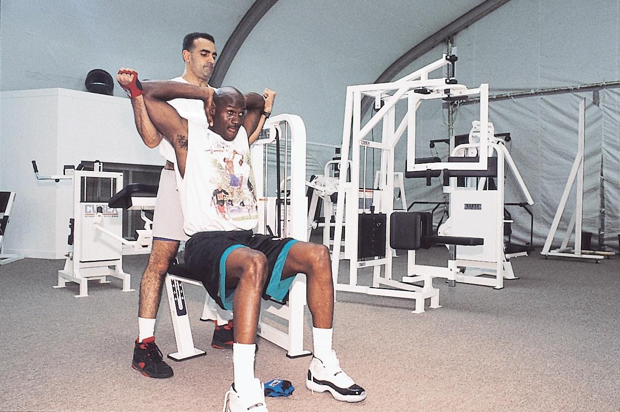 是否将会揭示诸多 Michael Jordan 的未解之谜?纪录片《The Last Dance》看点分析