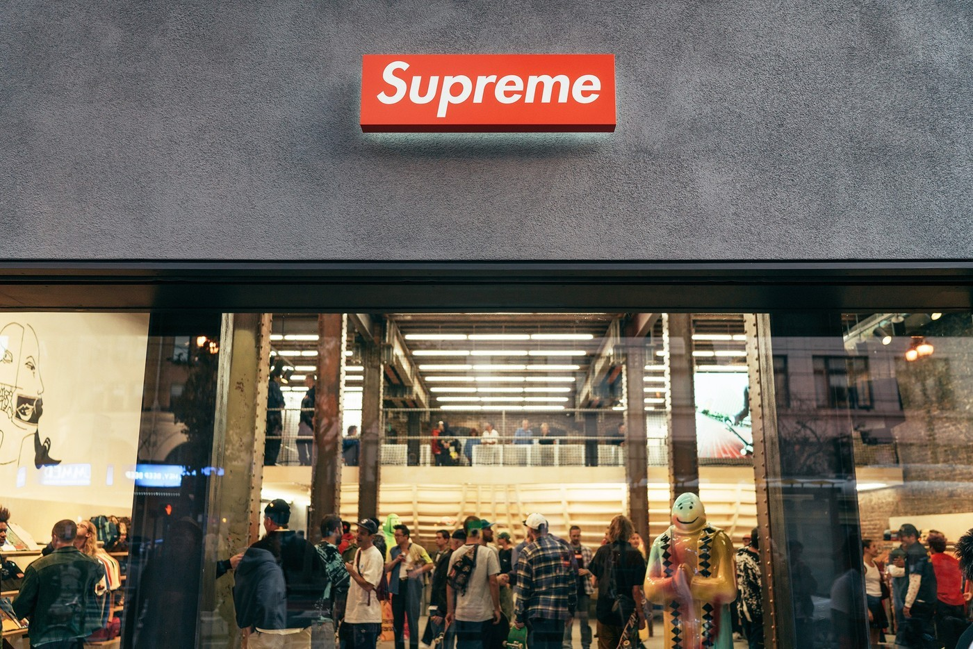 维权成功后,Supreme 或可通过这 5 种方式进入中国市场?
