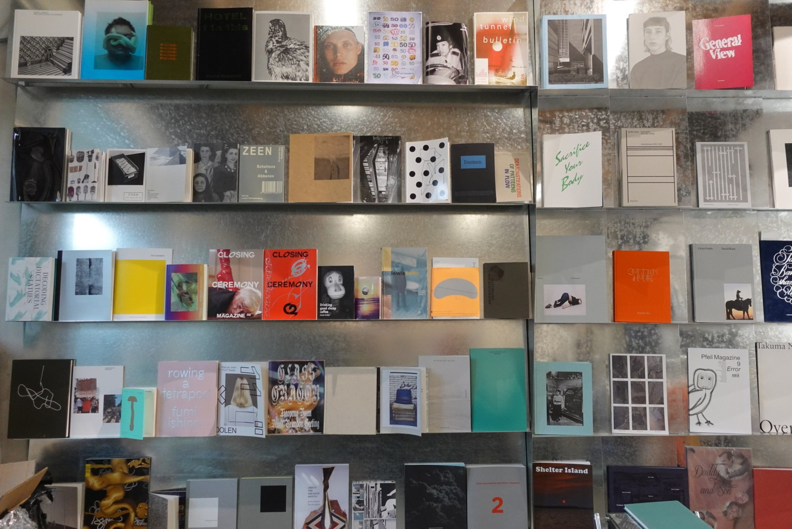 4 位独立出版业内人推荐 10 本时尚、创意类书籍,并畅谈国内独立书店的发展前景