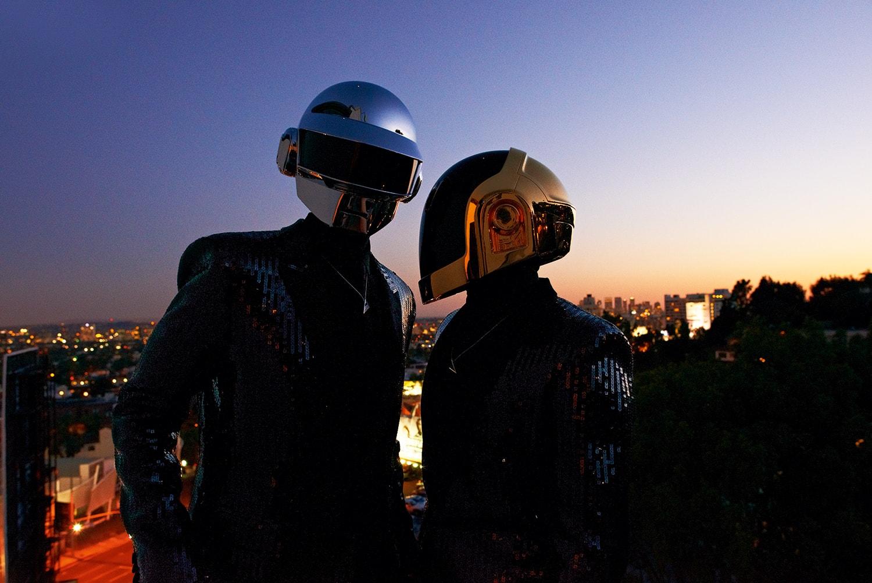 宣佈解散之後,讓我們細數 Daft Punk 28 年之間對於流行音樂文化的貢獻