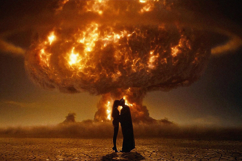 將厚重哲思嵌入「超級英雄」軀殼,Zack Snyder 執導的《Watchmen》為何會被奉為「神作」?