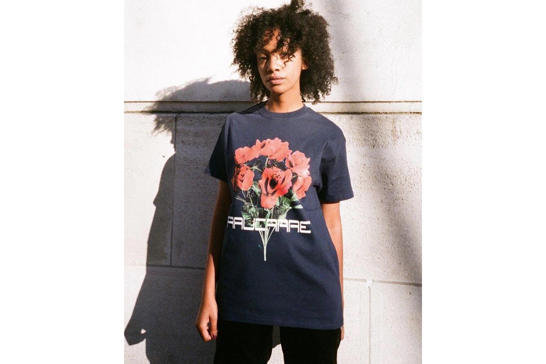 Photo D'Un T-Shirt Études