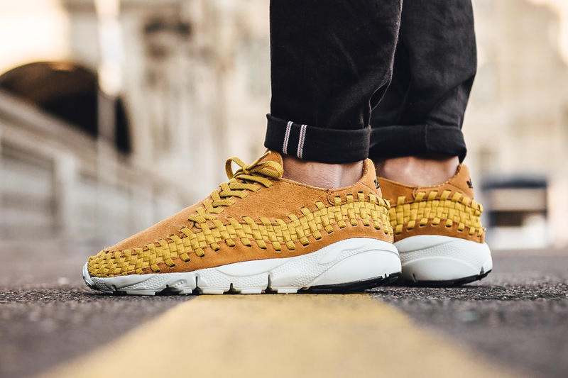 nike air footscape woven desert and black colorways