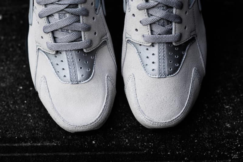 """Nike Air Huarache """"Matte Silver"""""""
