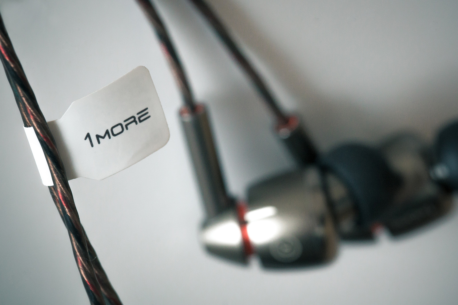 「鑽石」單元的清澈體驗-實試 1More 高清入耳式耳機 E1010