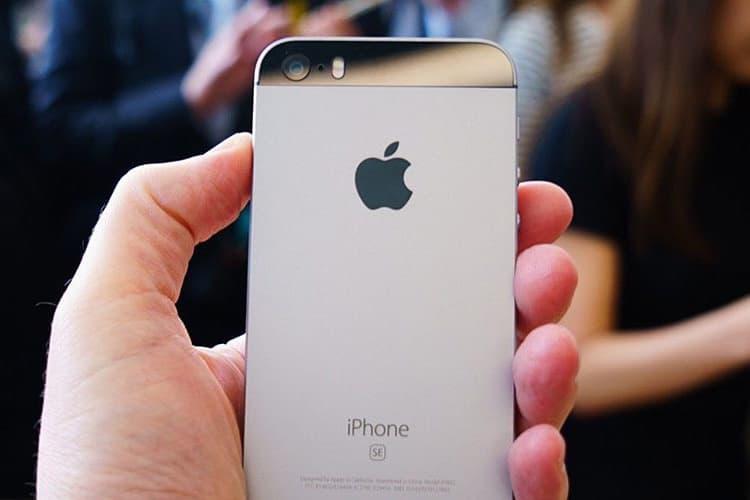 美國 2017 年智慧型手機滿意度調查出爐 - iPhone SE 奪冠
