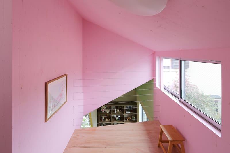 日本 Kochi Architect's Studio 打造 ANA house 的七色室內空間