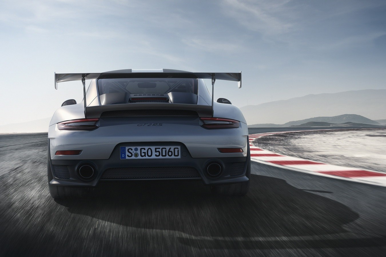 半世紀經典 – 細數 Porsche 最具魅力之 911 車系過往發展