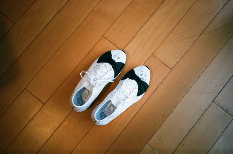 e6a3538bdae6 ... COMME des GARÇONS x Nike Flyknit Racer「Triple White」日本突發上架 ...