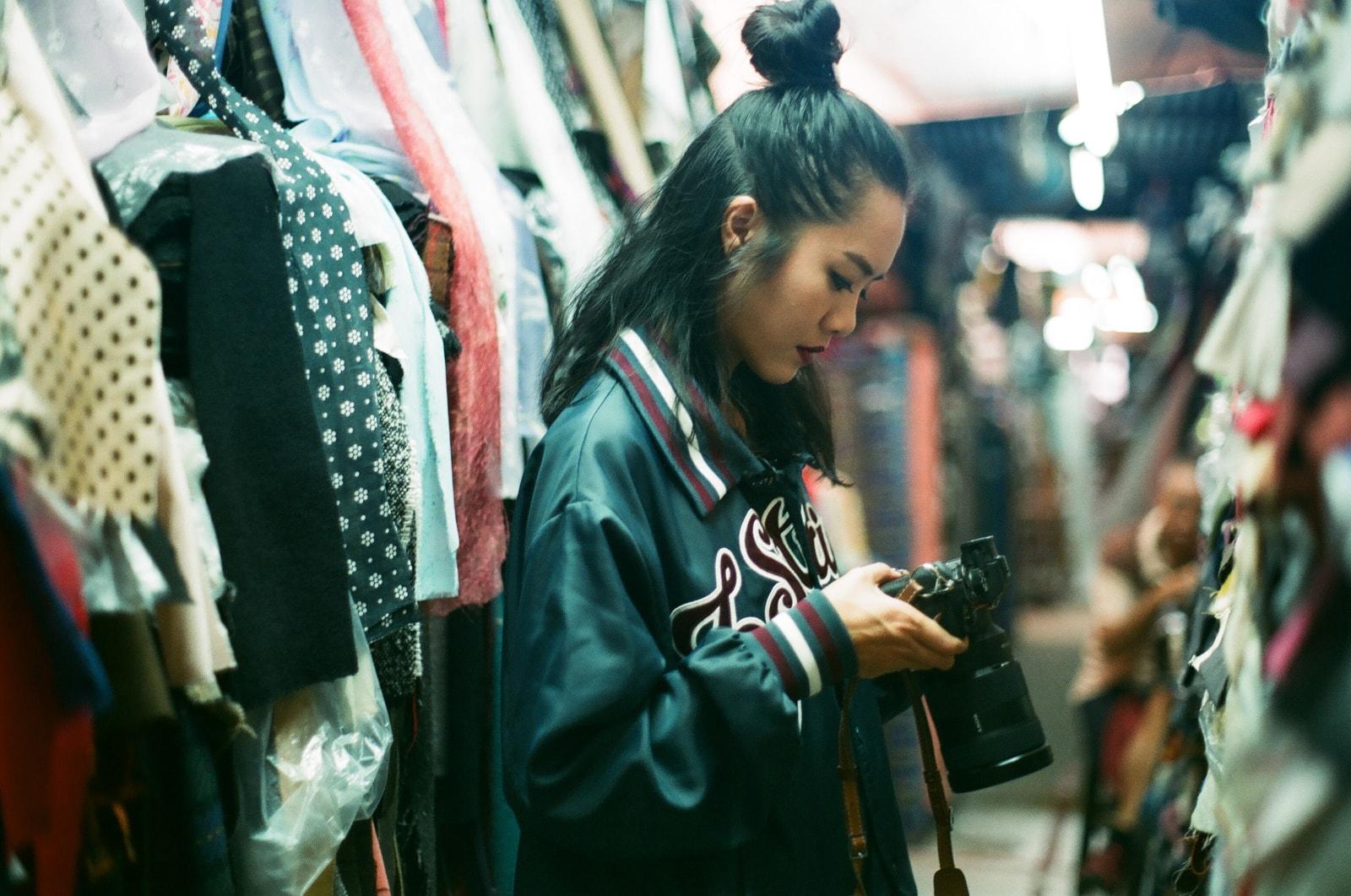 專訪《空手道》劇照師小雲:分享人像攝影以及街拍之創作