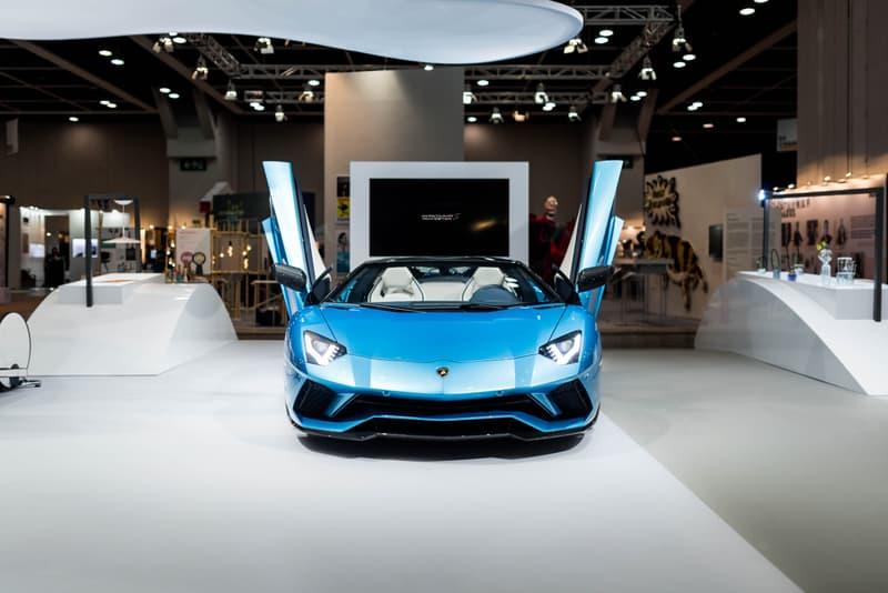 藍蠻狂牛 - 林寶堅尼 Aventador S 開篷版率先於香港展出