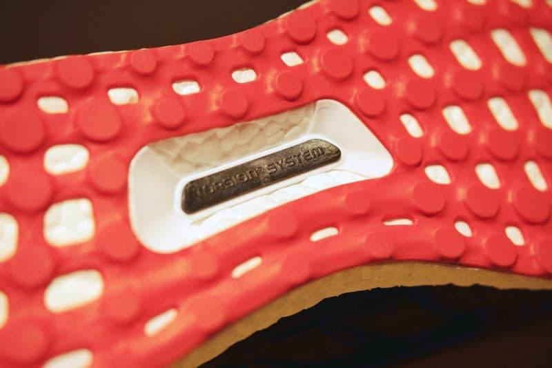 獨家近賞 adidas UltraBOOST「狗年」限定跑鞋