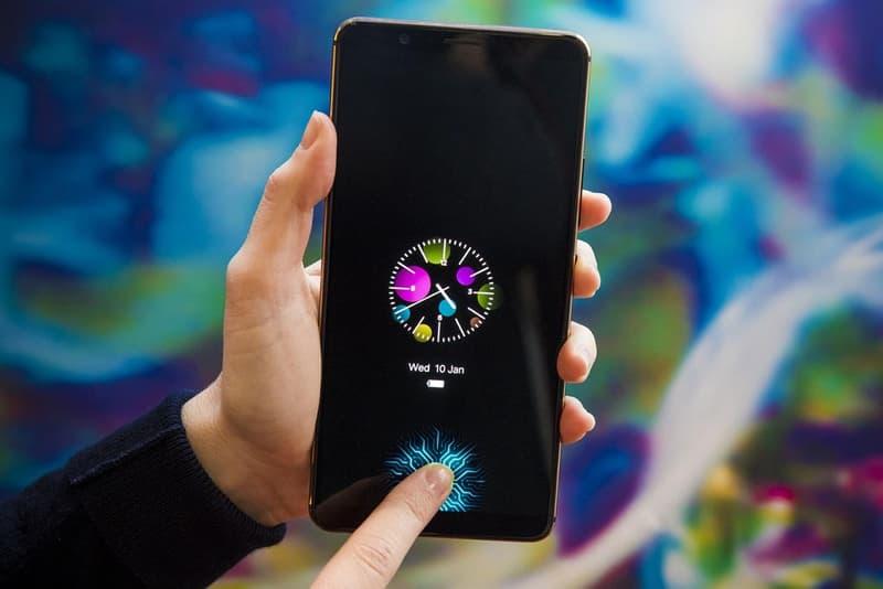 全球首款搭載「屏下指紋識別技術」的智能手機亮相 CES