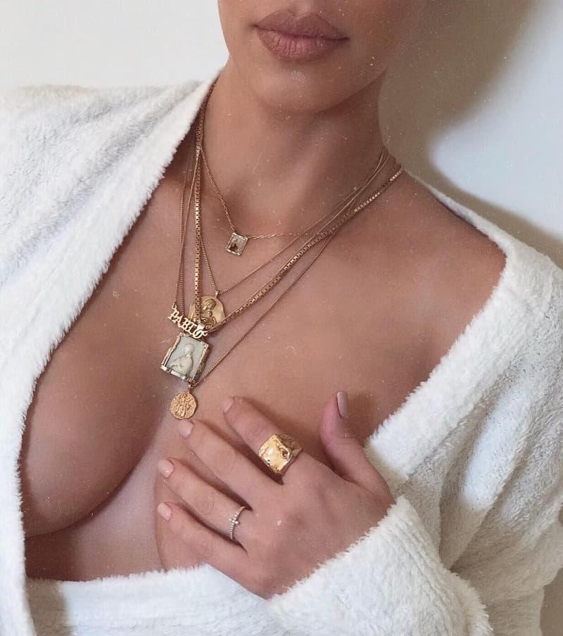 Kim Kardashian 疑似曝光 YEEZY Jewelry 最新首飾系列