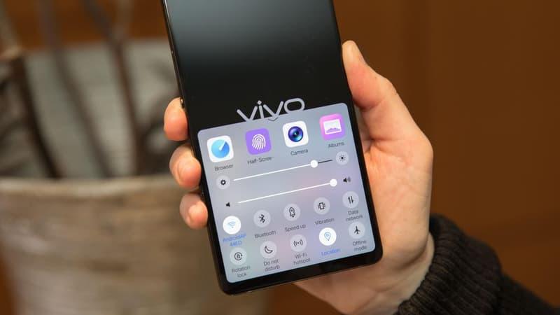 vivo APEX「全面屏」概念手機驚艷亮相