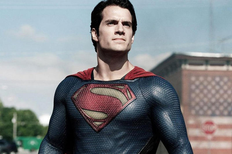 Henry Cavill 談論他在《Justice League》中的鬍子問題
