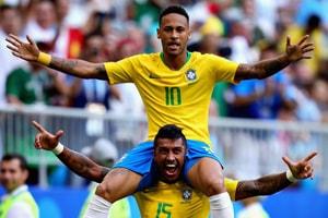 2018 世界盃 − 「十六強賽」巴西憑兩球擊敗墨西哥