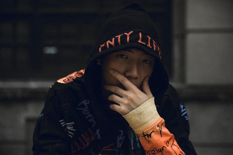 他能改變華語音樂?HYPEBEAST 獨家解析 ØZI 專輯所有曲目
